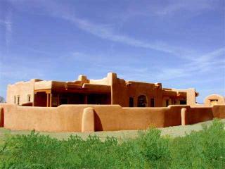 Casa de los Huesos - Taos vacation rentals