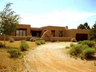 Casa Indio - Taos Ski Valley vacation rentals