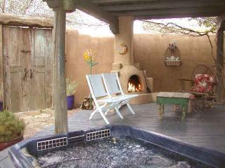 Hacienda de la Luna - Taos vacation rentals
