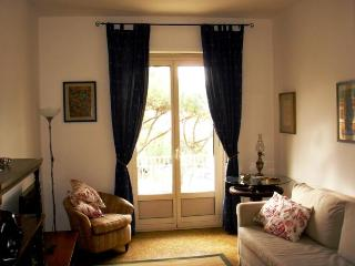 Apartment in Testaccio square - Rome vacation rentals