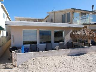 Great Upper Level Beach Cottage! Oceanfront with Beautiful Views! (68145) - Newport Beach vacation rentals