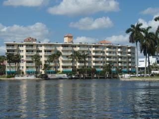2/2 Yacht & Beach Club Condo on the Intracoastal - Coral Springs vacation rentals
