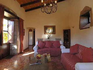 Bougainvillea cottage, Tenerife. Self catering, - San Miguel de Abona vacation rentals