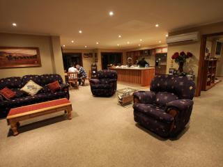Pete's Farmstay Bed & Breakfast & Cottage - Christchurch vacation rentals