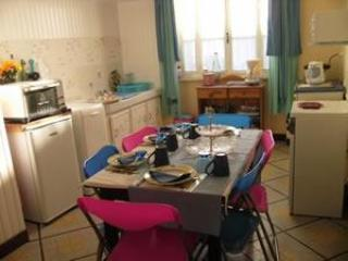 Joli-Jardin Self-Catering House - Belesta vacation rentals