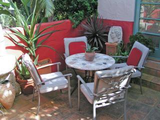 Spanish Mediterranean Luxury in quiet neigboorhood - Santa Barbara vacation rentals