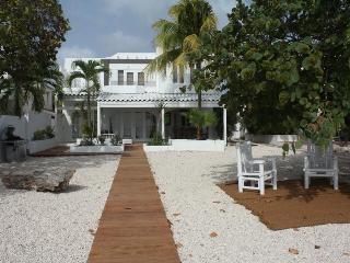 Unique Oceanfront Villa - Casa de Sal retreat - Hato vacation rentals