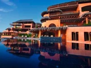 Que Dicha at Villas Xiguacan in Zihuatanejo - Zihuatanejo vacation rentals
