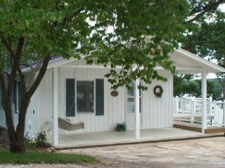Casablanca - 2 Story Family Home With Main Channel View of the Lake. 7MM Osage Arm - Main Channel. - Gravois Mills vacation rentals