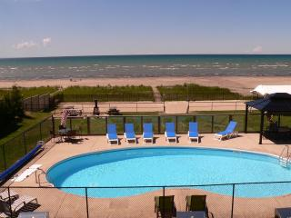 BEACH FRONT PROPERTY - Wasaga Beach vacation rentals
