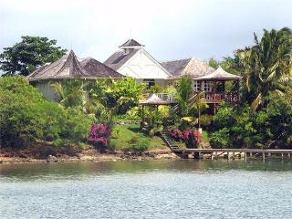 3 bedroom House with Internet Access in Lance Aux Epines - Lance Aux Epines vacation rentals