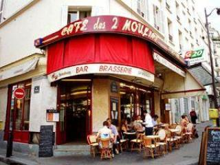 Cafe des Deux Moulins - Montmartre Apartment - Paris At Your Doorstep - Paris - rentals