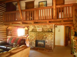 Charming Log Cabin w/Hot Tub, Deck, Ping Pong,Wifi - Winter Park vacation rentals