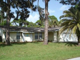 Alamander 2 - Lovely walk to Manasota Beach home - Englewood vacation rentals