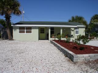 * LAST MINUTE DEAL! call owner for details****.. - Ormond Beach vacation rentals