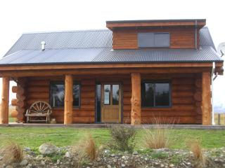 The Hollows Luxury Log Cabin - South Island vacation rentals