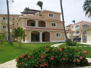 Spacious one bedroom in Grunwald II 0-1 - Punta Cana vacation rentals
