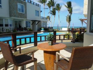 Boracay 7Stones Apartments beach front 1 bedroom - Boracay vacation rentals