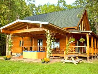 Beautiful Mountain Views Log Cabin near Lake! - Bridport vacation rentals