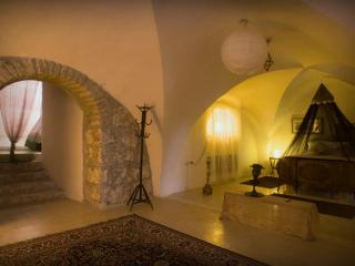 ein kerem secrets-amazing vacation apartment - Jerusalem vacation rentals