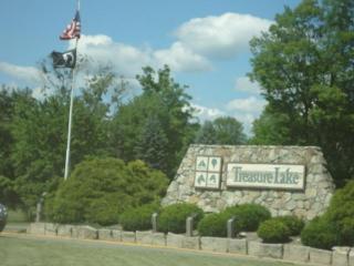 Fairway Chalet Gorgeous Aframe golf/lake resort - DuBois vacation rentals