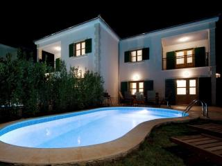 Hvar Villa with Pool, 50m from a Pebble Beach - Hvar vacation rentals