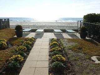 Awesome Oceanfront View at Brigadune Vacation Rental on Shore Drive in Myrtle Beach SC - Myrtle Beach vacation rentals