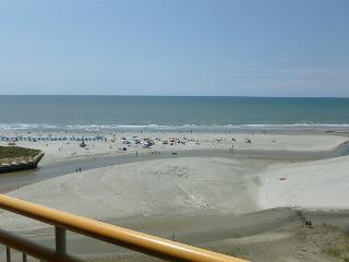 OUTSTANDING OCEANFRONT VIEWS-OCEAN CREEK SOUTH TOWER -MYRTLE BEACH SC#9 - Myrtle Beach vacation rentals