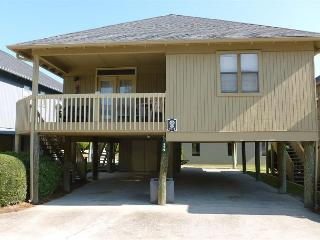Comfortable and Affordable @ Guest Cottages Myrtle Beach SC #29 - Myrtle Beach vacation rentals