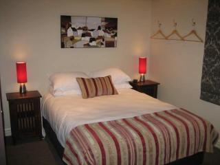 Nice House with Internet Access and Dishwasher - Wellington vacation rentals