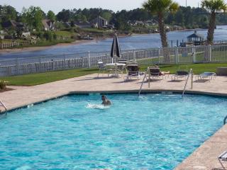Waterway Condo, 2 pools, Tennis Ct., Putting Green - Myrtle Beach vacation rentals