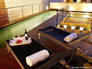 La Onda Ultra Luxury 2 Bedrooms with 2 Bathrooms - Ixelles vacation rentals