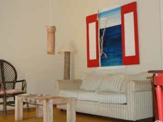 A Few Metres to shore & Walking distance to town - Kralendijk vacation rentals
