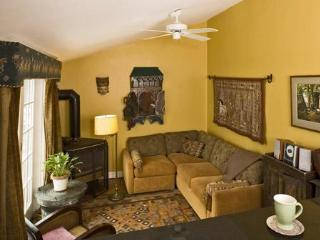 SPECIAL! Cambridge Vacation Rental  (M812-2) - Cambridge vacation rentals