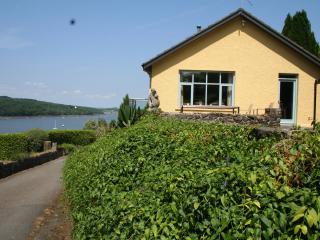 2 bedroom Apartment with Internet Access in Pembroke Dock - Pembroke Dock vacation rentals