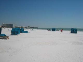 1BR Ground Floor Siesta Key Crescent Beach WiFi NC - Siesta Key vacation rentals
