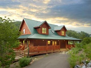 Fantastic  Family Cabin 1 mile to Dollywood (WiFi) - Sevierville vacation rentals