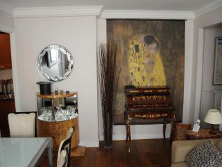 Elegant Paris Rental on the 7th Floor - Paris vacation rentals