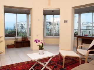 Sea view from the living room Tel Aviv  Ben Yehuda - Tel Aviv vacation rentals