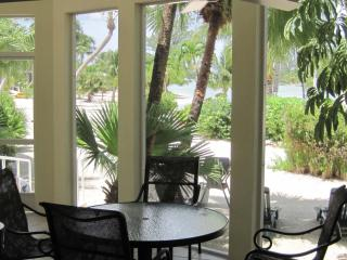 Barefoot Lagoon Island House
