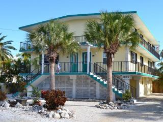 Key Colony Beach Waterfront Duplex 6 Bedrooms,Pool - Key Colony Beach vacation rentals