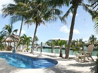 Key Colony Beach Waterfront Duplex 6 Bedrooms,Pool - Key Colony Beach vacation rentals