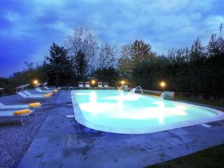 Griante residence (ground floor home apartment II) - Griante vacation rentals