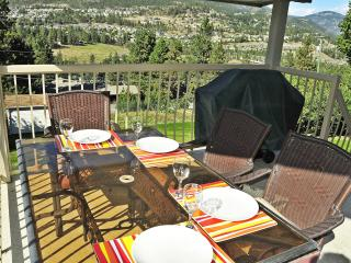 ValleyViewVista Your Vacation Home Away from home - Kelowna vacation rentals