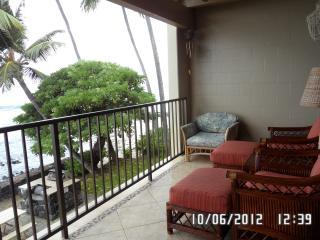 Direct Oceanfront Condo - Kailua-Kona vacation rentals