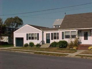 Wonderful 2 BR-1 BA House in Cape May (5885) - Cape May vacation rentals