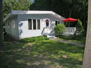 Bungalow In Blue cottage (#623) - Kincardine vacation rentals