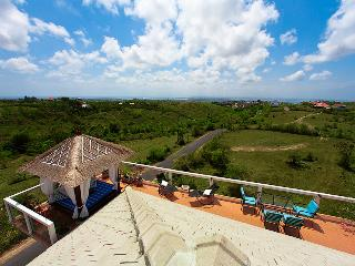Stunning views, modern design Villa Sky House - Uluwatu vacation rentals