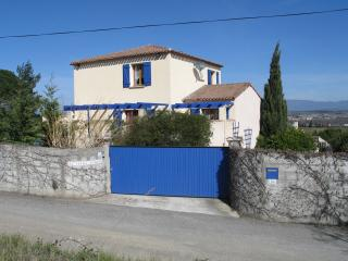 Perfect Villa in Fonties-d'Aude with Satellite Or Cable TV, sleeps 13 - Fonties-d'Aude vacation rentals