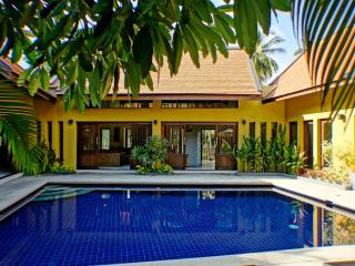Villa with Home Cinema, Pool, Jacuzzi, Gym & Car - Koh Samui vacation rentals
